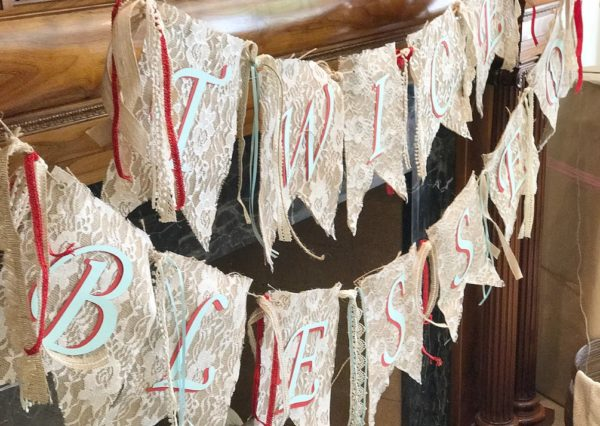 burlap-and-lace-banner-gender-neutral-baby-shower