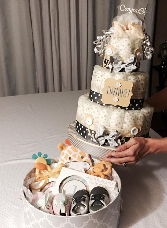 diaper-cake-tiered-with-gift-box