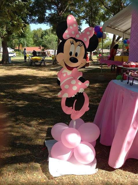 jumbo minnie mouse cutout