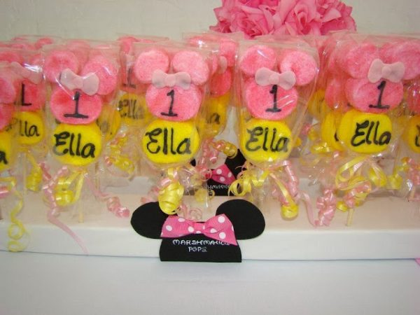 pink minnie mouse marshamallow sticks