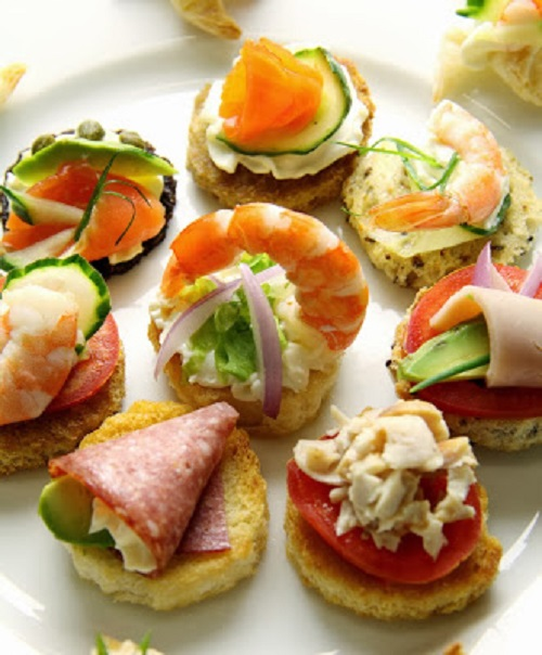 simple-baby-shower-food-ideas-delicious-plate-of-assorted-tidbits