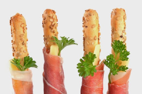 simple-baby-shower-food-ideas-italian-prosciutto-with-grissini-and-cheese-sticks