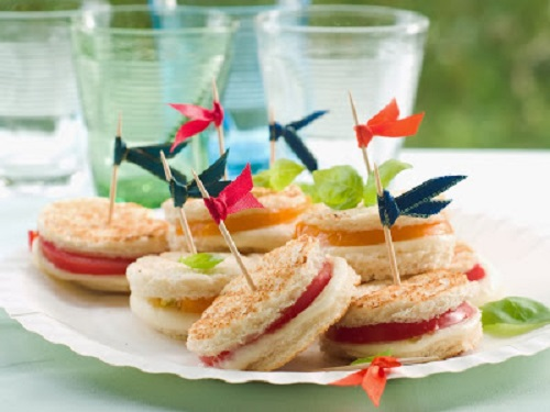 simple-baby-shower-food-ideas-sandwiches-with-mozzarella-and-tomato