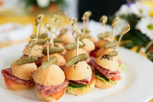 simple-baby-shower-food-ideas-canape-salami-buns