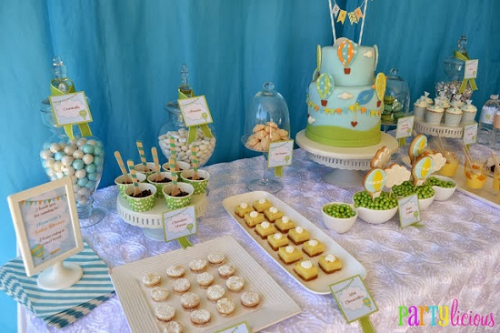 baby shower table setup for theme
