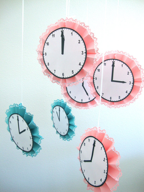 around-the-clock-baby-shower-decoration