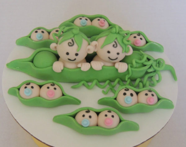 twin-girls-or-boys-baby-shower-fondant