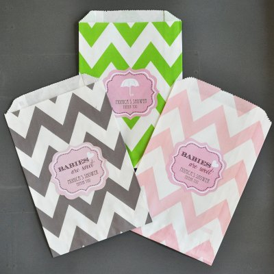 personalized-baby-shower-chevron-goodie-bags