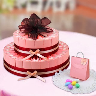 pink-personalized-custom-favor-cake-400