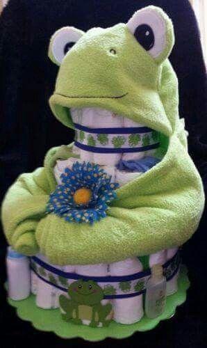 prince-frog-diaper-cake