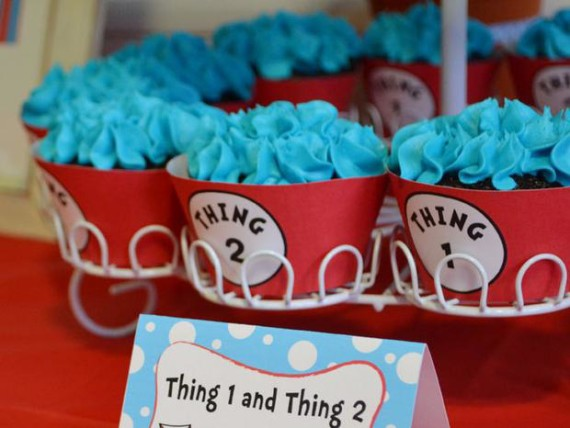 Thing 1 Thing 2 Baby Shower Cupcakes