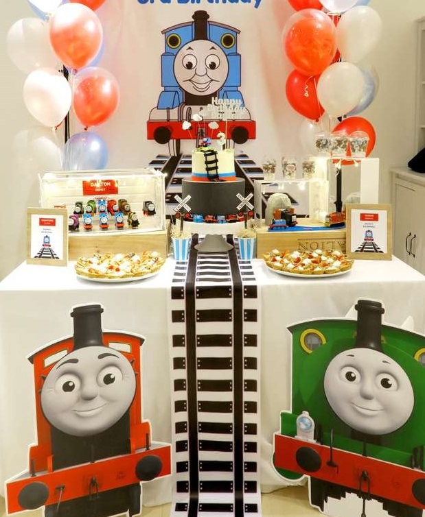 Thomas the Train first birthday