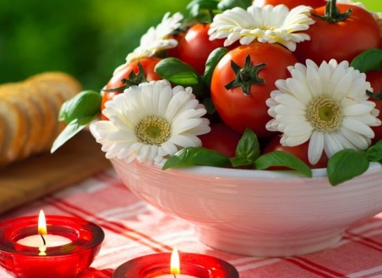 Table Centrepiece mixed with flower and Tomato