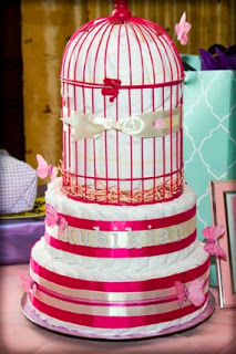 sweet-bird-diaper-cake