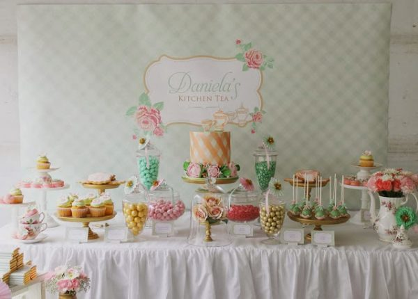 tea-party-baby-shower-tablescape