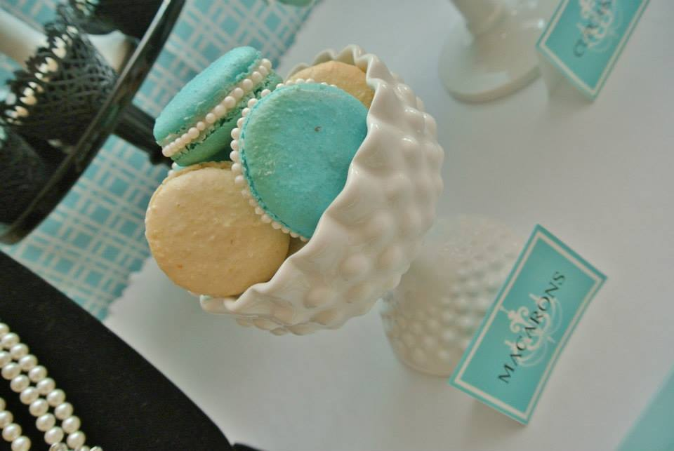 Breakfast at Tiffany's Party macarons with pearls