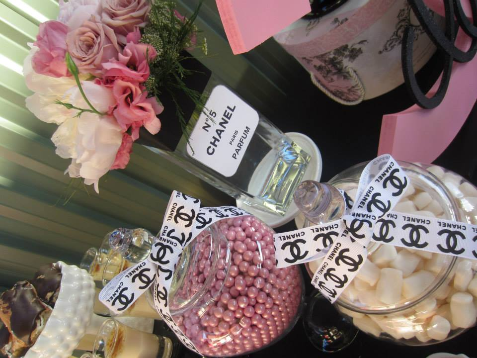 Shimmering pink and white pearls lollies in jar