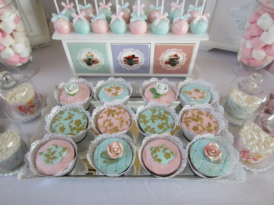 gold swirls and florals cupcakes