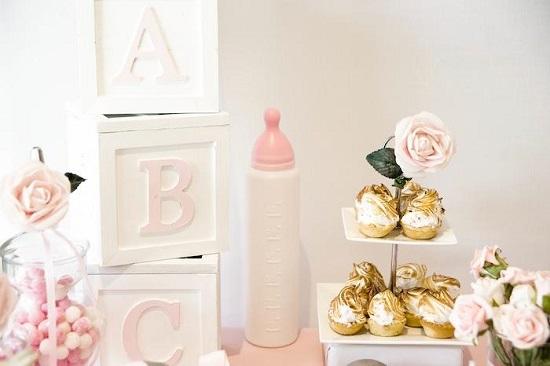 ABC baby blocks Displays
