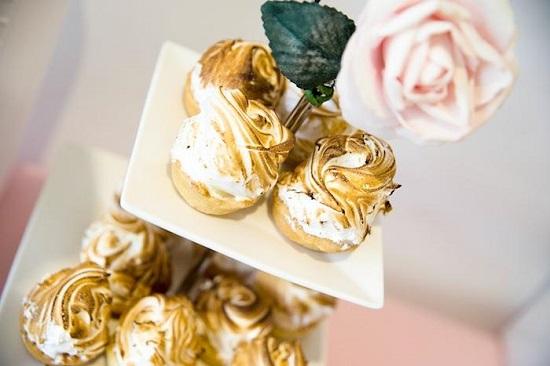 meringues golden