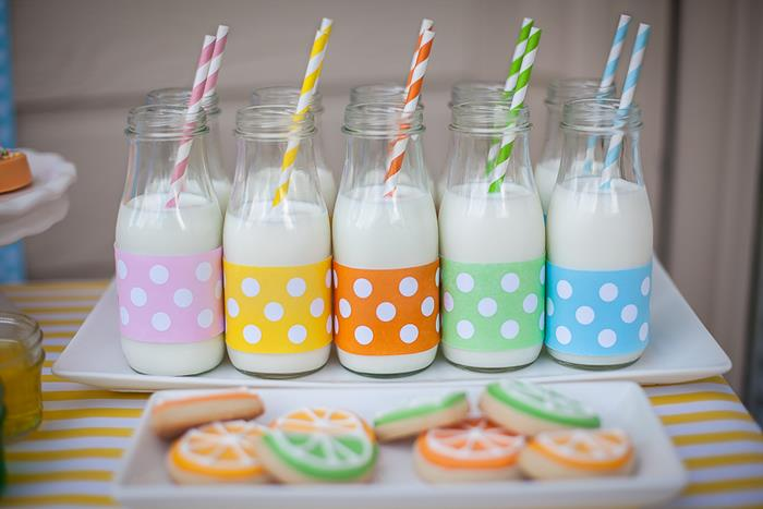 milk bottler jar with striped straws