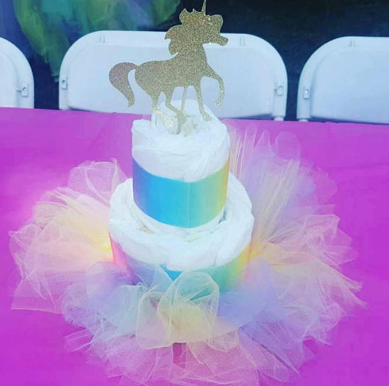 unicorn-baby-shower-diaper-cake