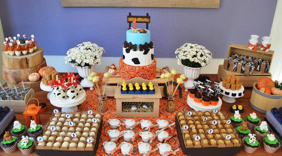 A Little Farm Party Ideas via babyshowerideas4u