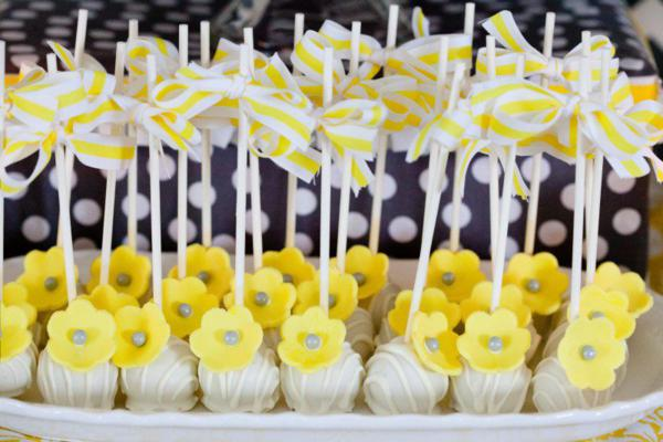 you are my sunshine baby shower cakepops