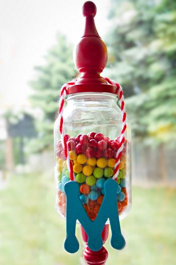 Dr seuss inspired cat in the hat party ideas via babyshowerideas4u colorful gumballs candy