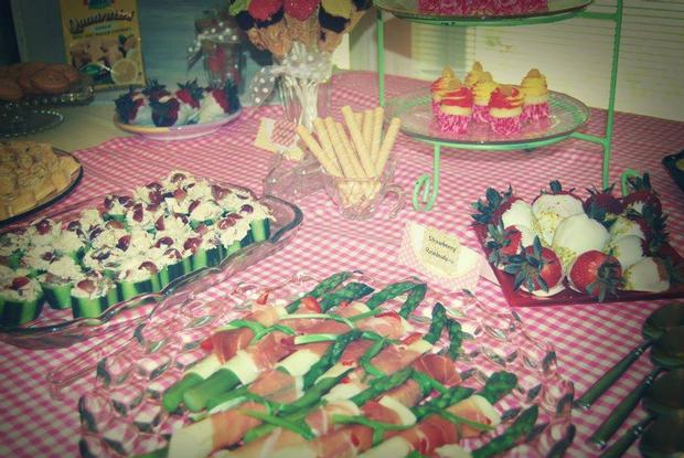 Pink Lemonade Baby Shower decorations and inspirations via babyshowerideas4u.com fingerfoods