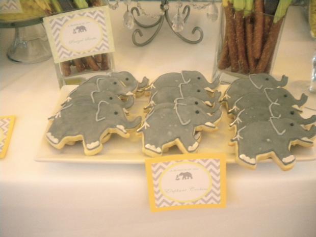 bundle of joy baby shower theme via babyshowerideas4u.com elephant cookies