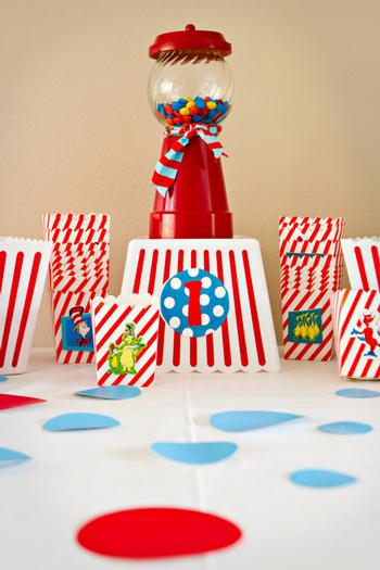 cat in the hat party ideas via babyshowerideas4u gumball machine