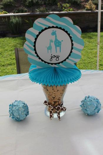 Safari Themed Surprise Baby Shower ideas
