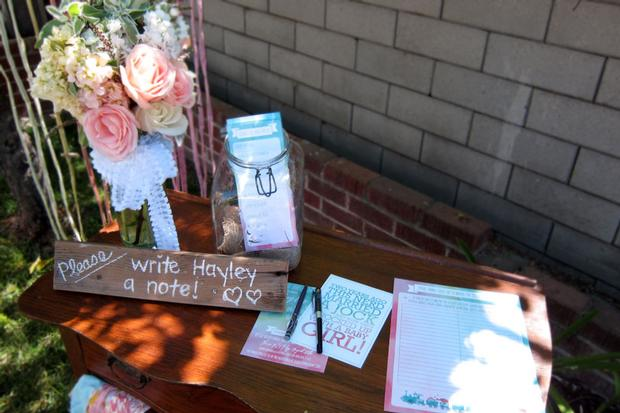 write a note station for baby girl