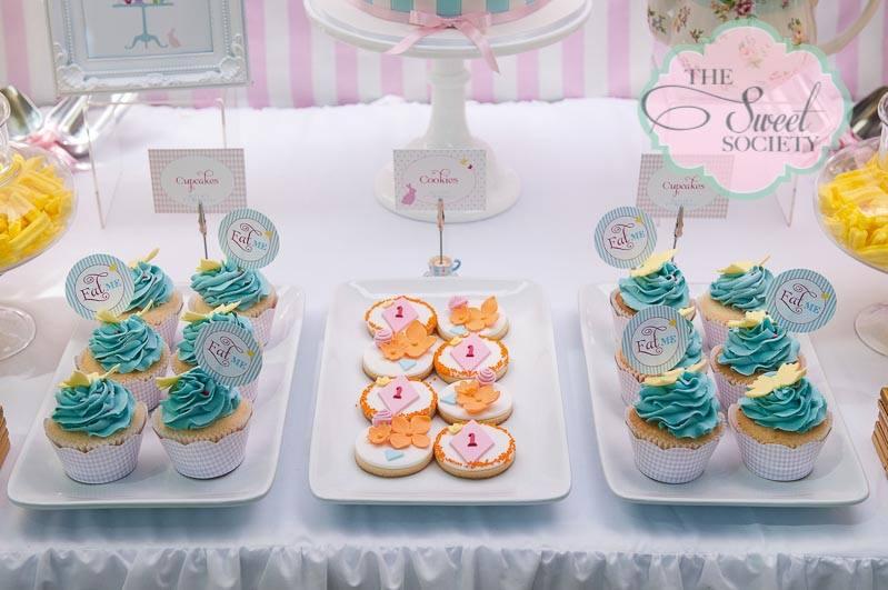 whimsical wonderland garden party via babyshowerideas4u sweets