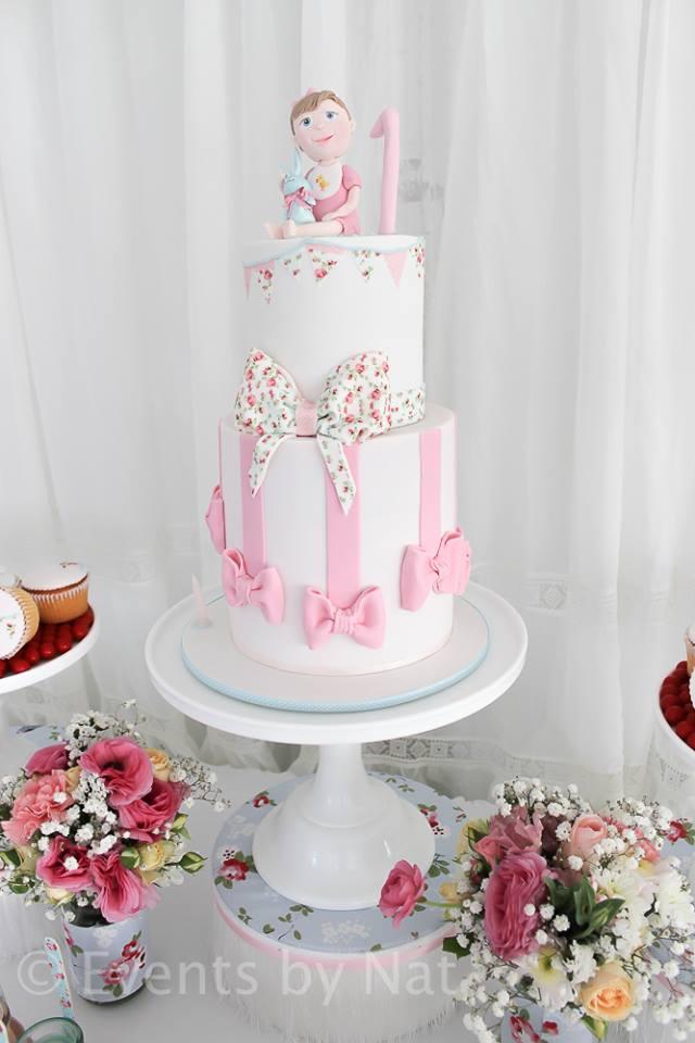pink ribbon and vintage rose cake