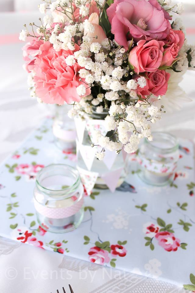 pink rose and baby breath flowers