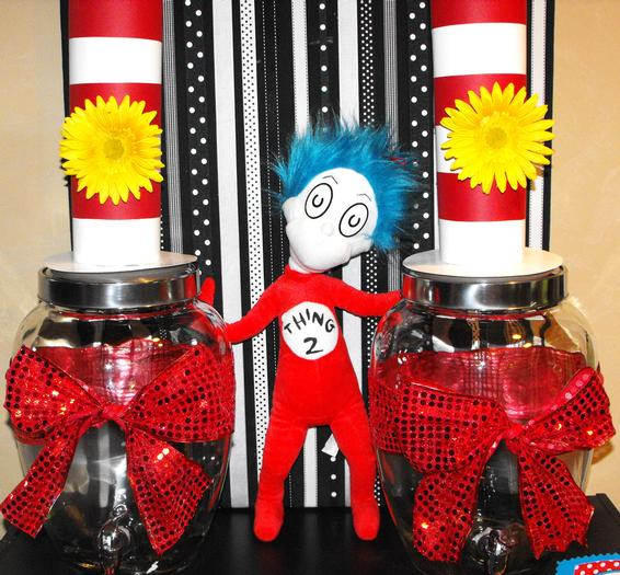 Dr Seuss baby shower  via babyshowerideas4u.com 2