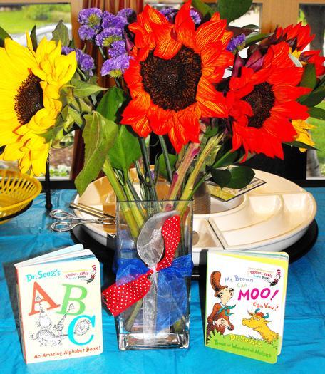 Dr Seuss baby shower via babyshowerideas4u.com 7