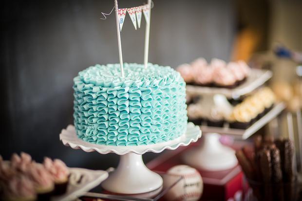 baseball theme baby shower ideas, ruffled cake