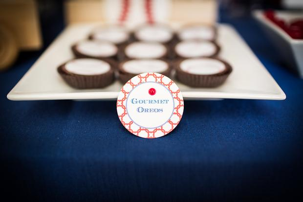 baseball themed baby shower ideas, ruffled cake, amazing baseball cookies, oreo
