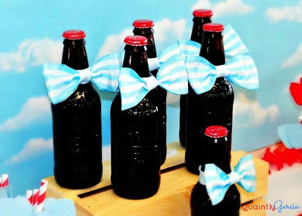 bow tie baby shower ideas, kite baby shower, blue aand red by adriana via babyshowerideas4u, smart looking bottles