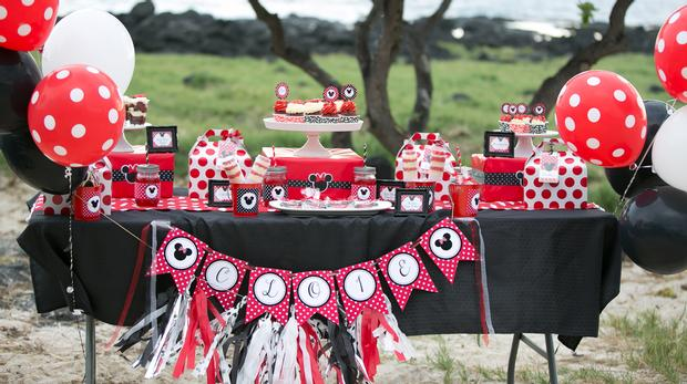 minnie mouse picnic party red black polka dots by sugarshackcrafts via baby shower ideas and shops babyshowerideas.com - dessert table