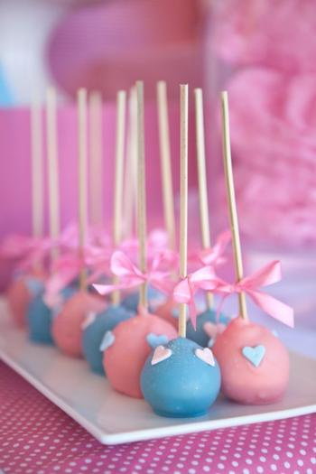 pink vintage hot air balloon baby shower via babyshowerideas4u cakepops heart