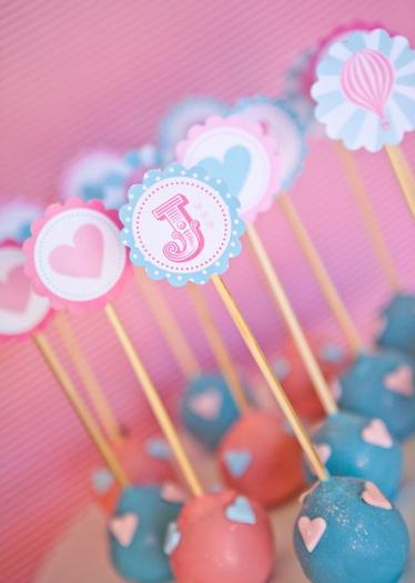 pink vintage hot air balloon baby shower via babyshowerideas4u cakepops