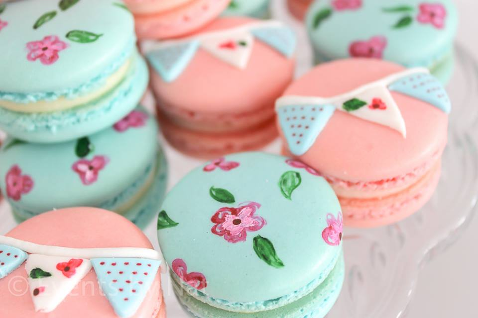 shabby chic floral macaroons