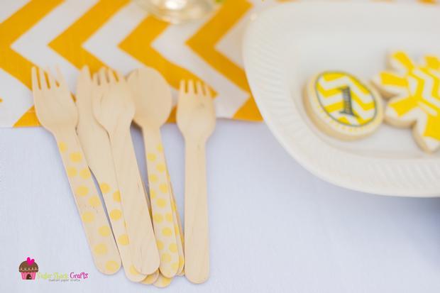 you are my sunshine grey yellow chevron party via babyshowerideas4u.com baby shower ideas 5