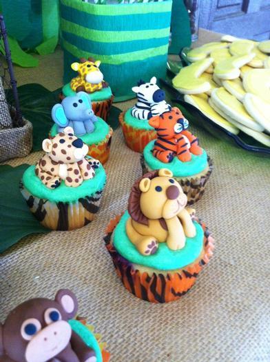 Jungle Safari Baby Shower custom animal fondant