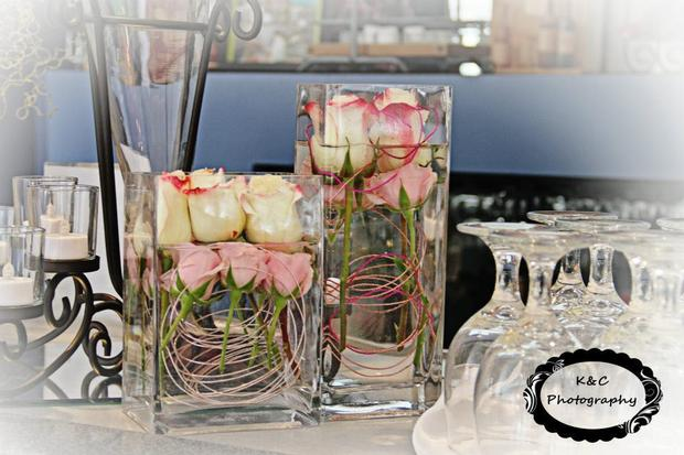 Leopard Chic Momma, chic baby shower ideas, leopard baby shower ideas, flowers in a clear vase
