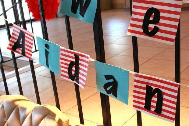 Thing 1 Thing 2 shower, Twin baby shower ideas, Dr Seuss inspired party, Dr Seuss theme party, popcorn, banner